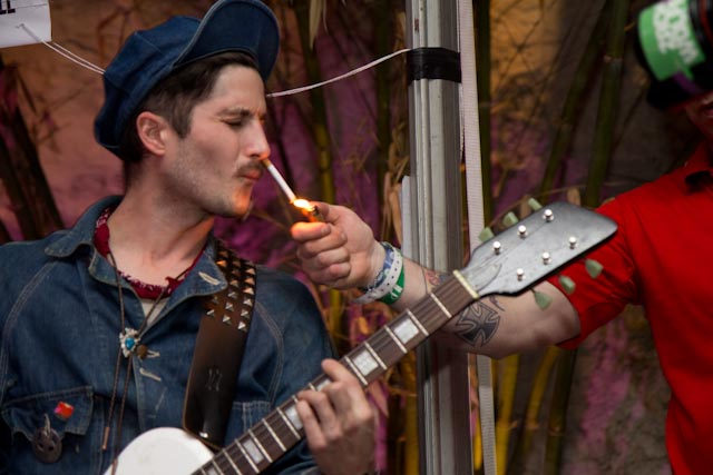 Black Lips Guitarist Cole Alexander Gets a Light